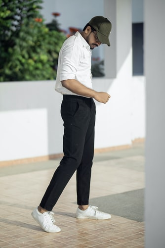 how to wear stylish sweatpants for men!